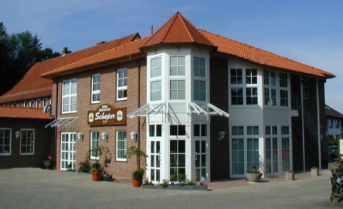 Hotel-Schaper-1-Tag-vor-Eroeffnung